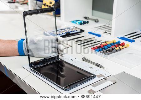 Repair phones and smartphones