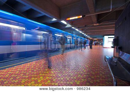 Montreal Metro, Long Exposure