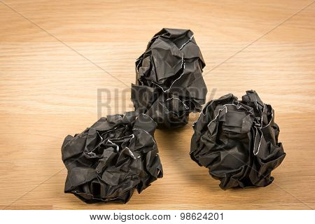 Black Paper Ball Corrugate