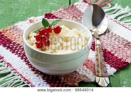 Delicious Rice Pudding With Red Currants