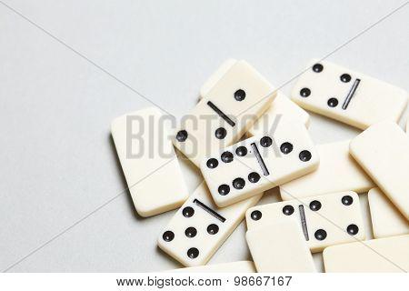 domino pieces