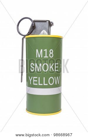 M18 Smoke Yellow Explosive Model, Weapon Army,standard Timed Fuze Hand Grenade On White Background