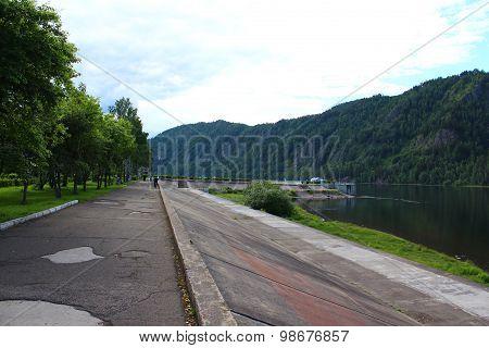Waterfront, the city Divnogorsk, Krasnoyarsk region