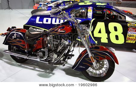 Carro de corrida de motocicleta Indian e Jimmy Johnson 48 Nascar
