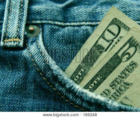 Gastar dinero