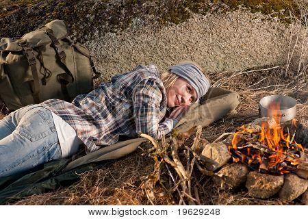 Campfire Hiking Woman With Backpack Sleep Countryside
