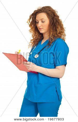 Doutor mulher exclusivamente na área de transferência