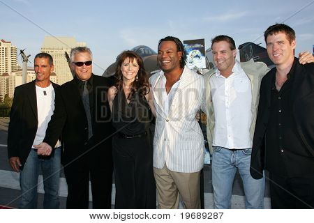 SAN DIEGO, CA - JULY 24: The Cast of