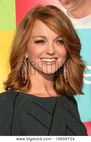LOS ANGELES - JUL 27:  Jayma Mays arrives at Fox's