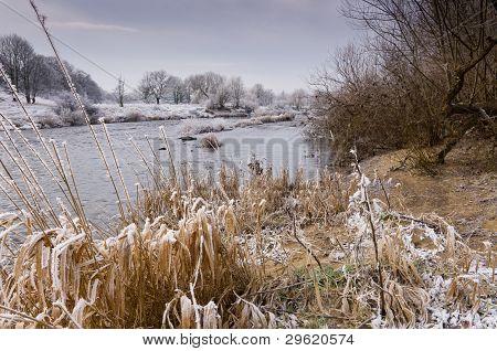 Frosty River Tyne