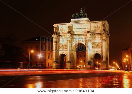 Victory Gate in Munich at night