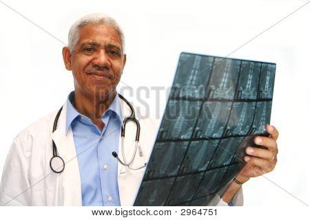 Médico de minoria