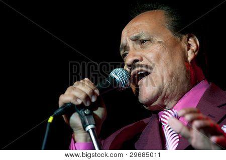 Arturo Cisneros Y Sus Freddy's