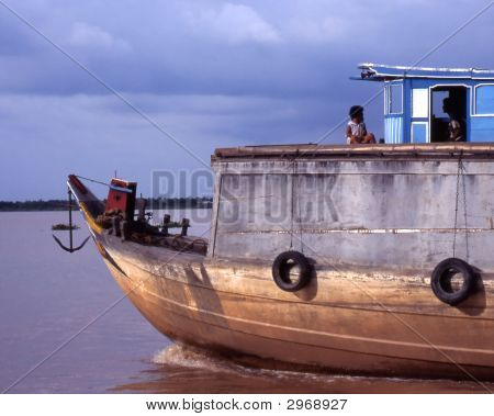 Vietnamese House Boat