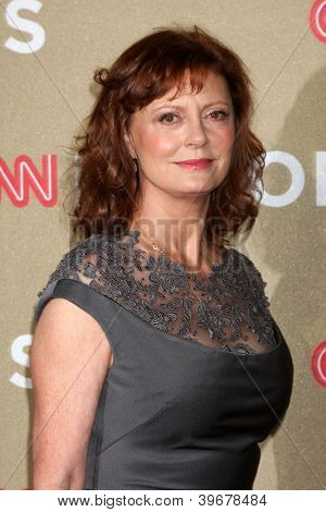 LOS ANGELES - DEC 2:  Susan Sarandon arrives to the 2012 CNN Heroes Awards at Shrine Auditorium on December 2, 2012 in Los Angeles, CA