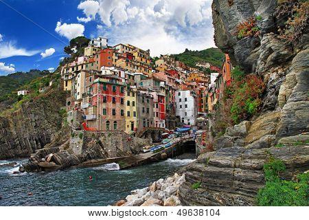picturesque Riomaggiore fishing village - cinque terre Italy