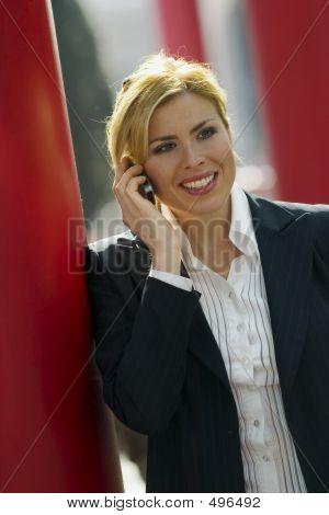 Hablando en el móvil