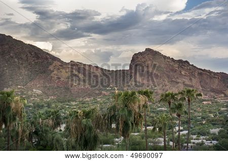 Camelback Mountain in Phoenix, Scottsdale, Arizona