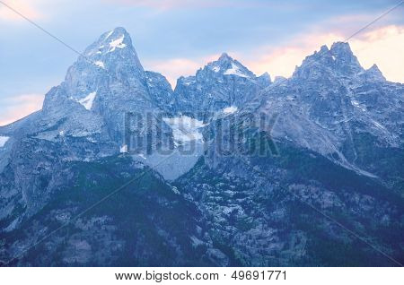 Grand Tetons Glacier View