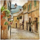 charming streets of old mediterranean towns