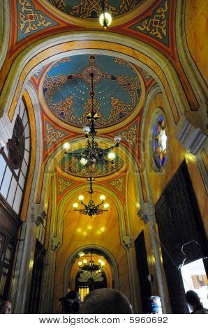 Budapest The Choral Synagogue Interior