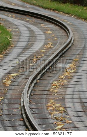 Traintrack curving