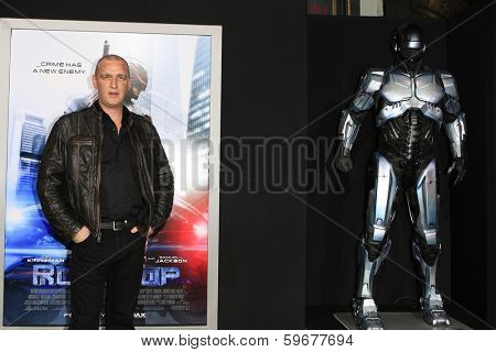 LOS ANGELES - FEB 10: Alan O'Neil at the premiere of Columbia Pictures' 'Robocop' at TCL Chinese Theatre on February 10, 2014 in Los Angeles, California