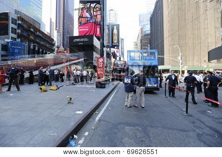 Wide view of Duffy Square facing north