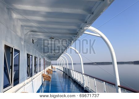 Details Of A Cruise Ship