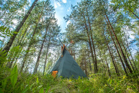 pic of tipi  - Traditional Indian tipi  - JPG