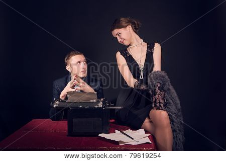 Noir Film Journalist And The Girl At Work