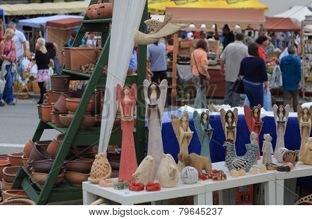 Ttraditional  Market With Handmade Ceramic In Kunstat.