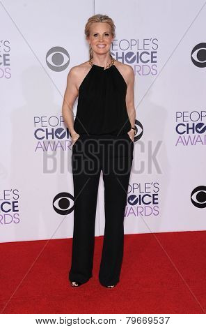 LOS ANGELES - JAN 07:  Monica Potter arrives to the People's Choice Awards 2014  on January 7, 2015 in Los Angeles, CA