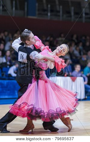 Gritcan Artem and Zagrebailova Yana perform Juvenile-1 Standard European program