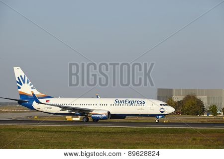Frankfurt Airport - Boeing 737-800 Of Sunexpress Takes Off