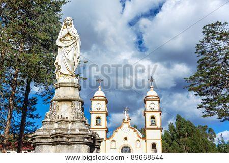 Statue And Santa Rosa De Ocopa Convent