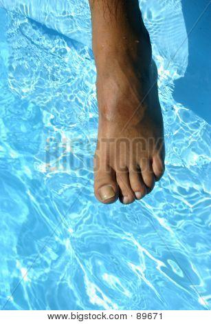 Foot OverPool