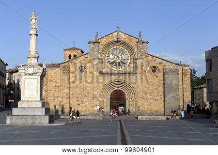 Santa Teresa Square, Church Of San Pedro, Avila