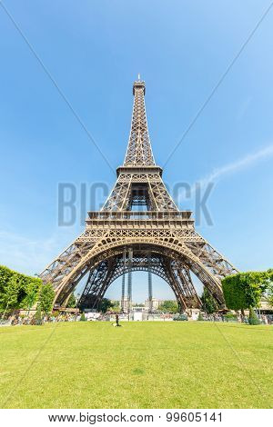 Eiffel Tower with blue sky from garden, Paris France