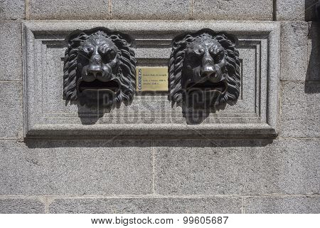 Post Office Building, Detail Of Mailbox For Letters With Lion Heads Made In Bronze, Avila, Spain