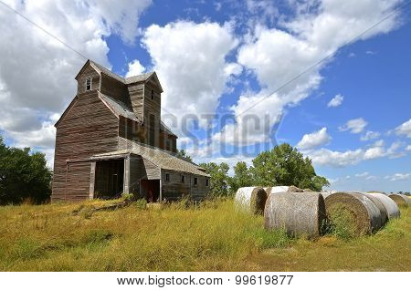 Old farm grain elevator