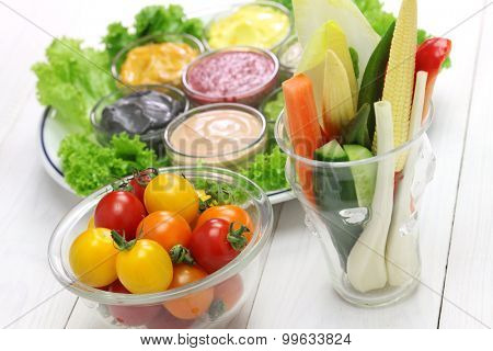 raw vegetables with  assorted mayonnaise sauce