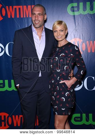 LOS ANGELES - AUG 10:  Jaime Pressly arrives to the Summer 2015 TCA's - CBS, The CW & Showtime  on August 10, 2015 in West Hollywood, CA
