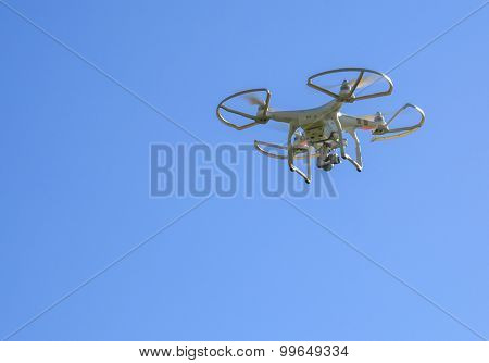 St.Louis Missouri. -August 24th : Editorial photo of a DJI Phantom 3 Professional drone in flight with a mounted 4k digital camera on August 24th 2015 in St.Louis Missouri over Blue sky