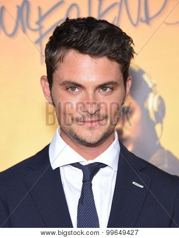 LOS ANGELES - AUG 20:  Shiloh Fernandez arrives to the