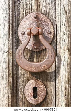 Door handle and keyhole