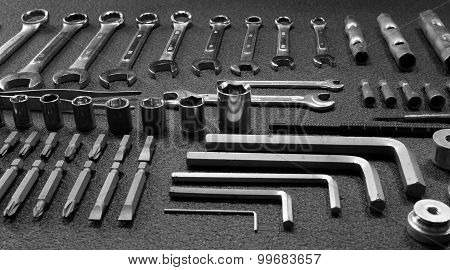 Set of mechanical hand tools
