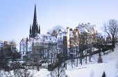 image of blanket snow  - Beautiful old Edinburgh under a blanket of snow - JPG