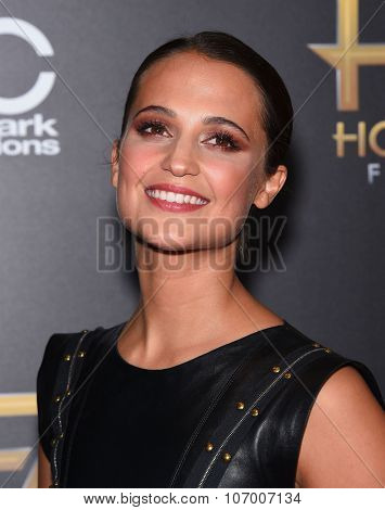 LOS ANGELES - NOV 1:  Alicia Vikander arrives to the Hollywood Film Awards 2015 on November 1, 2015 in Hollywood, CA.
