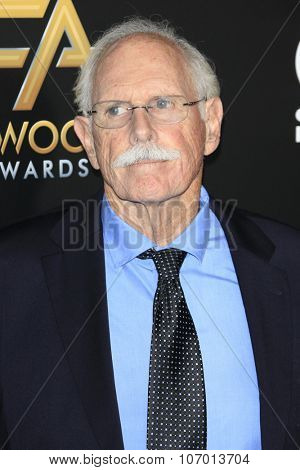 LOS ANGELES - NOV 1:  Bruce Dern at the 19th Annual Hollywood Film Awards at the Beverly Hilton Hotel on November 1, 2015 in Beverly Hills, CA